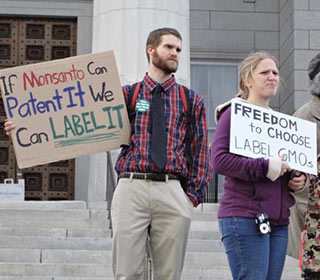 Vermont Right to Know protestors