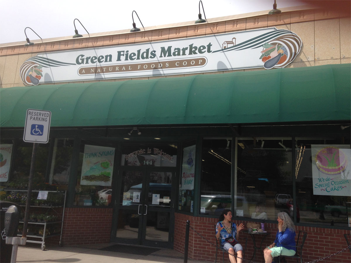 Green Fields Market non-gmo policy at food co-op