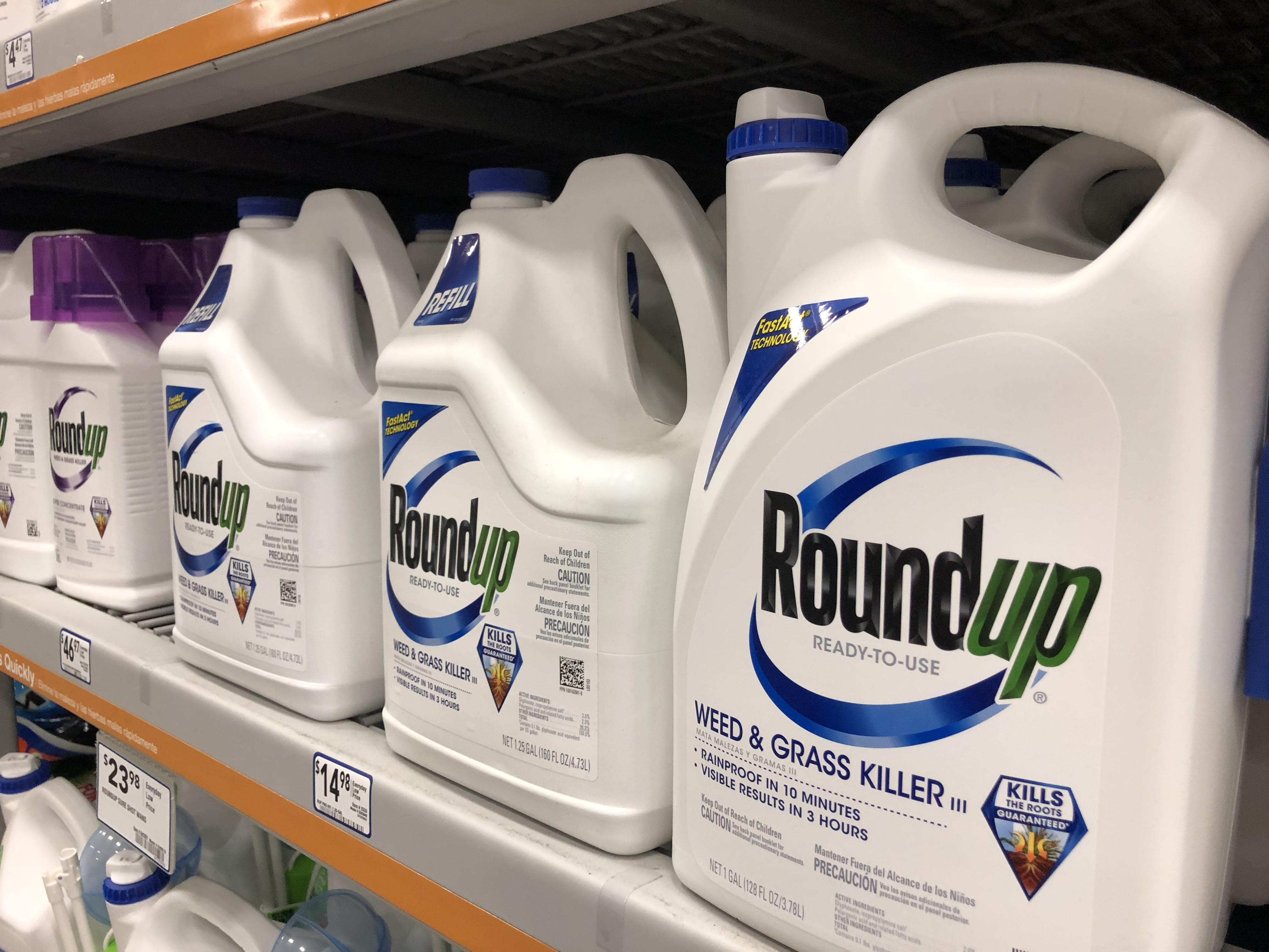 Roundup on shelf